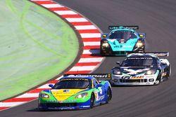 #8 Sangari Team Brazil Corvette Z06: Enrique Bernoldi, Roberto Streit, Xavier Maassen, #3 SRT Corvet