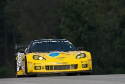 #4 Corvette Racing Chevrolet Corvette C6.R: Olivier Beretta, Oliver Gavin, Marcel Fassler