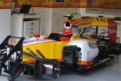 The Renault F1 car without ING