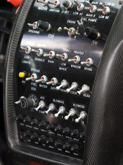 Tableau de bord de la nouvelle RSR Jaguar XKR