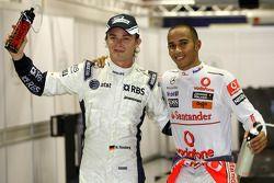 Ganador de la pole Lewis Hamilton, McLaren Mercedes y el tercer puesto Nico Rosberg, Williams F1 Tea