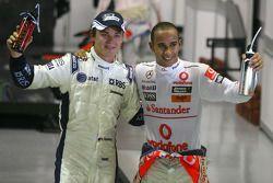 Ganador de la pole Lewis Hamilton, McLaren Mercedes, el tercer puesto Nico Rosberg, Williams F1 Team
