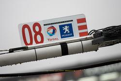 #08 Team Peugeot Total Peugeot 908 HDI FAP pit sign