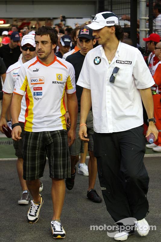 Fernando Alonso, Renault F1 Team, Robert Kubica, BMW Sauber F1 Team