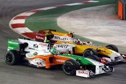 Giancarlo Fisichella, Scuderia Ferrari and Romain Grosjean, Renault F1 Team