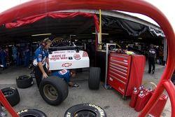 L'équipe de Tony Stewart prépare la 14 Burger King Chevrolet