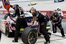 Pit stop for Scott Speed