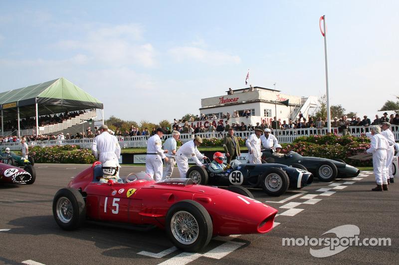 La grille : Richard Attwood Ferrari 246 Dino, Barrie Williams Ferguson - Climax Project 99 , Gary Pearson Brm Type 25