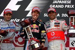 Podium: race winner Sebastian Vettel, Red Bull Racing, second place Jarno Trulli, Toyota F1 Team, th