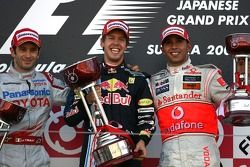 Podium: race winner Sebastian Vettel, Red Bull Racing, second place Jarno Trulli, Toyota F1 Team, th