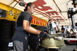Pirelli mechanic