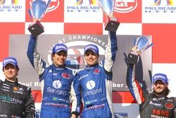 GT1 podium: class and overall winners Enrique Bernoldi and Roberto Streit