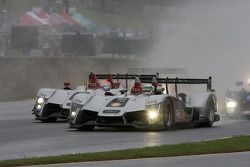 Start: #2 Audi Sport Team Joest Audi R15 TDI: Rinaldo Capello, Allan McNish, #1 Audi Sport North Ame