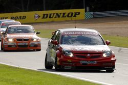 Fabrizio Giovanardi devant Colin Turkington, Rob Collard & Jonny Adam