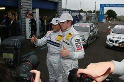 Pole winner Bruno Spengler, Team HWA AG, AMG Mercedes C-Klasse and Paul di Resta, Team HWA AMG Merce