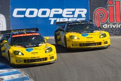 #3 Corvette Racing Chevrolet Corvette C6.R: Johnny O'Connell, Jan Magnussen, #4 Corvette Racing Chev