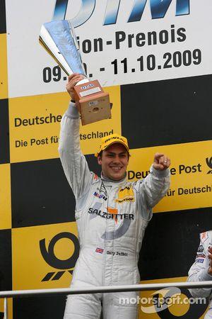 Podium: race winner Gary Paffett, Team HWA AG, AMG Mercedes C-Klasse