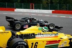 #1 Jean-Louis Duret Shadow DN5; #16 Richard Barber Fittipaldi F5A