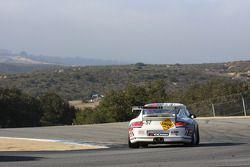 La Porsche 911 GT3 Cup N°57 : Martin Snow, Melanie Snow