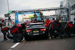 Pit stop for Markus Winkelhock, Audi Sport Team Rosberg Audi A4 DTM