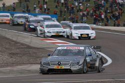 Bruno Spengler, Team HWA AMG Mercedes AMG Mercedes C-Klasse leads the field