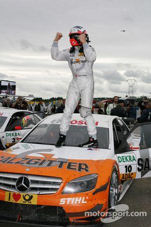 Race winner Gary Paffett, Team HWA AG, AMG Mercedes C-Klasse