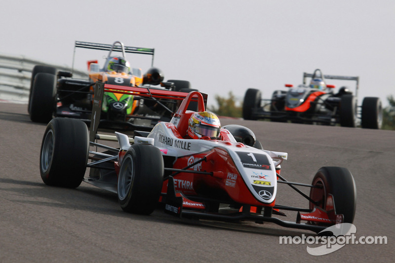 2009 год: Формула 3, ART
