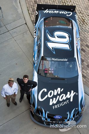 Colin Braun and Jack Roush with the 2010 NASCAR Nationwide Series Ford Mustang GT