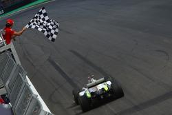 Felipe Massa, Scuderia Ferrari banderas de Jenson Button, Brawn GP