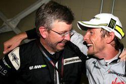 Jenson Button, Brawn GP, und Ross Brawn, Teamchef, Brawn GP