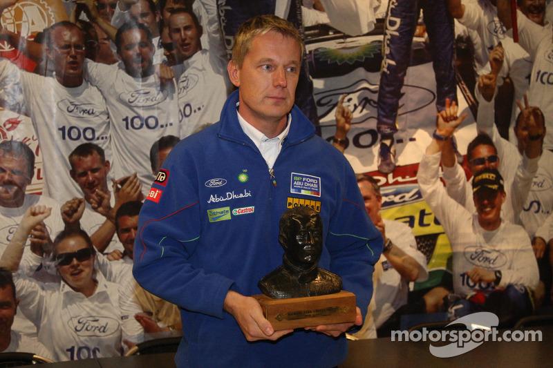 Ford Happy Hour: Jarmo Lehtinen avec le trophée Michael Park