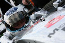 Mika Hakkinen pilote son ancienne F1