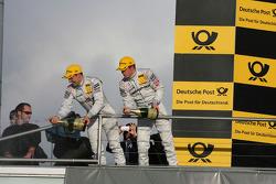 Championship podium: Gary Paffett, Team HWA AG, AMG Mercedes C-Klasse, Paul di Resta, Team HWA AMG M