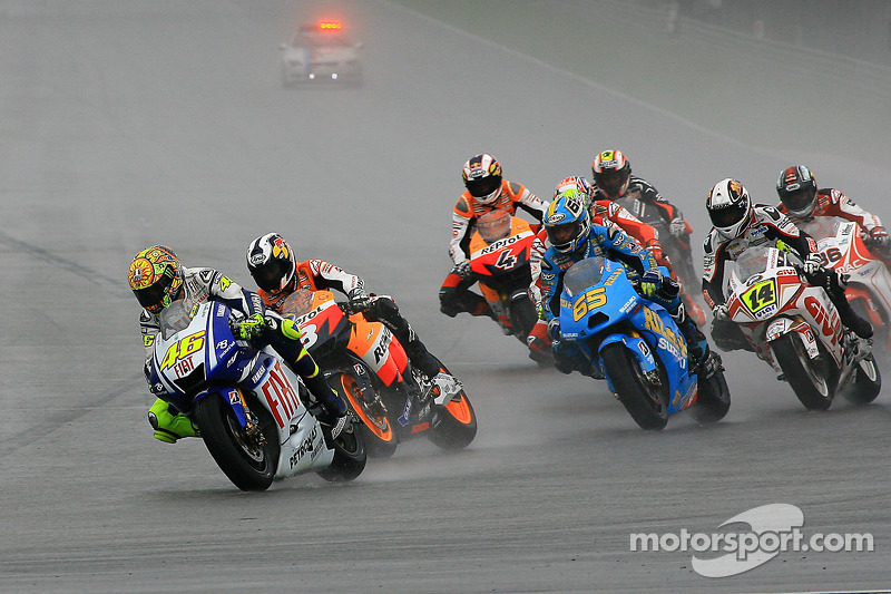 Start: Valentino Rossi, Fiat Yamaha Team en Dani Pedrosa, Repsol Honda Team vechten om de koppositie