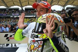 MotoGP-Champion 2009: Valentino Rossi, Fiat Yamaha Team celebrates