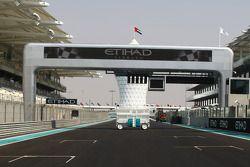 Le départ du circuit d'Abu Dhabi Yas Marina