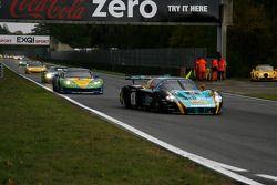 Premier tour : #33 Vitaphone Racing Team DHL Maserati MC 12: Alessandro Pier Guidi, Matteo Bobbi, #8