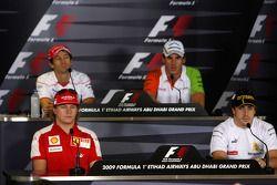 Persconferentie: Kimi Raikkonen, Scuderia Ferrari, Jarno Trulli, Toyota F1 Team, Adrian Sutil, Force