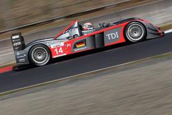 #14 Kolles Audi R10 TDI: Christijan Albers, Matteo Cressoni, Hideki Noda