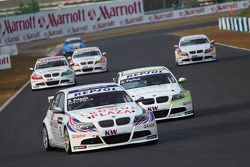 Andy Priaulx, BMW Team UK, BMW 320si, Augusto Farfus, BMW Team Germany, BMW 320si, Alex Zanardi, BMW