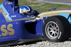 Jack Clarke spins during qualifying