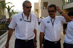 Klaus Draeger with Dr. Mario Theissen, BMW Sauber F1 Team, BMW Motorsport Director