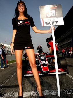 Grid girl for Tristan Vautier