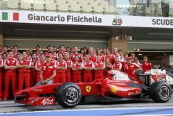 Scuderia Ferrari team photo, Giancarlo Fisichella, Scuderia Ferrari