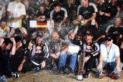 Sebastian Vettel, Red Bull Racing fête sa victoire avec Mark Webber, Red Bull Racing, Christian Horn