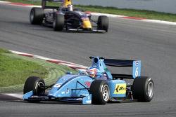 Armaan Ebrahim leads Mirko Bortolotti