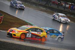 Gabriele Tarquini, Seat Sport, Seat Leon 2.0 TDI et Robert Huff, Chevrolet, Chevrolet Cruze