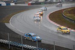 Nicola Larini, Chevrolet, Chevrolet Cruze hors de la piste