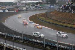 Augusto Farfus, BMW Team Germany, BMW 320si retourne sur la piste