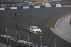 Alex Zanardi, BMW Team Italy-Spain, BMW 320si dans les graviers